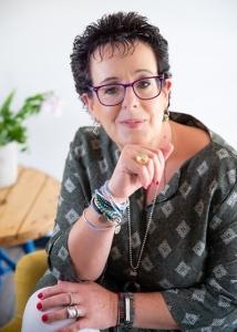 רינת חנוכייב- הדרכת הורים ואימון להעצמה נשית בחדרה