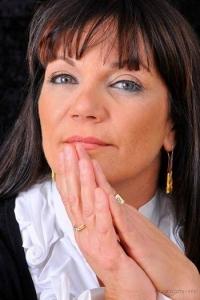 רונית טסלר עדן - טיפולי גוף נפש בזכרון יעקב